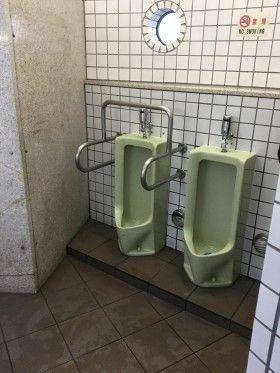 新横浜駅前街頭清掃
