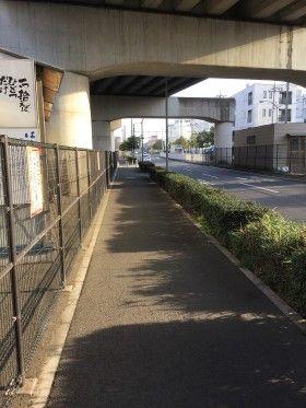 新羽倉庫周辺の街頭掃除