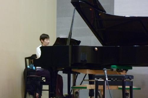 ピアノと体験2