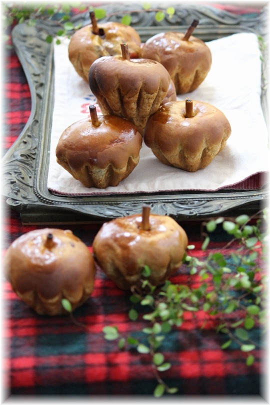 【レシピ】ハロウィンっぽく? りんごとコーヒーとチョコのパン。 と サザンと花火と。