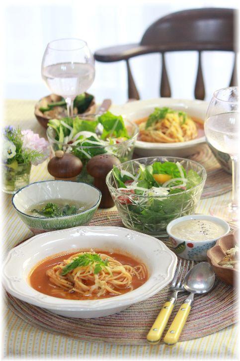 お豆腐シーザードレッシング。と 海老のスープパスタ の お昼ごはん。