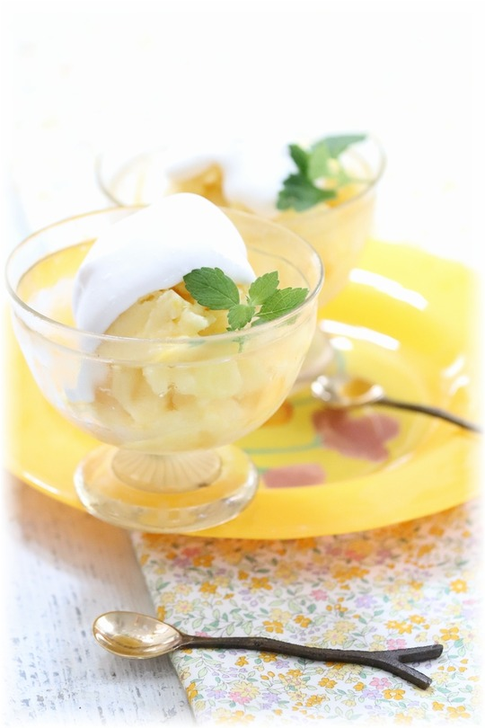 【レシピ】そのままパイナップルシャーベット・ココナッツクリーム。 と 梅干しの顔。
