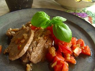 豚ヒレ肉のトマトマリネソテー。 と献立。
