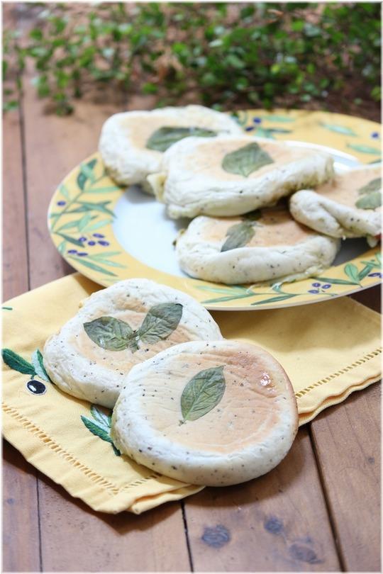 【レシピ】ぺたんこマルゲリータパン。 と 美容院。