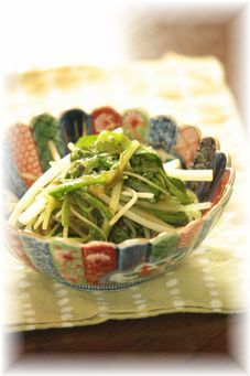 水菜のとろろニンニク煮。 と献立。