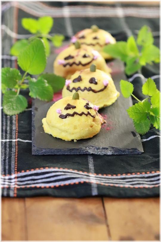 かぼちゃのふわふわスフレチーズケーキ。 と かわいい行列。