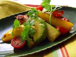 YOMEちゃんのブログ-アボガドの柚子胡椒炒め。