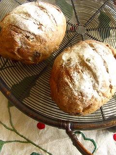 黒糖とベリーのパン・2
