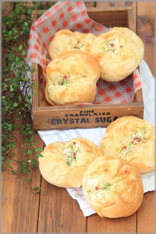 【レシピ】3つのチーズパン。 と 出かけた先の空と海。