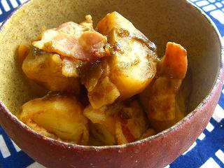 ジャガイモとベーコンの海苔煮。 と献立。