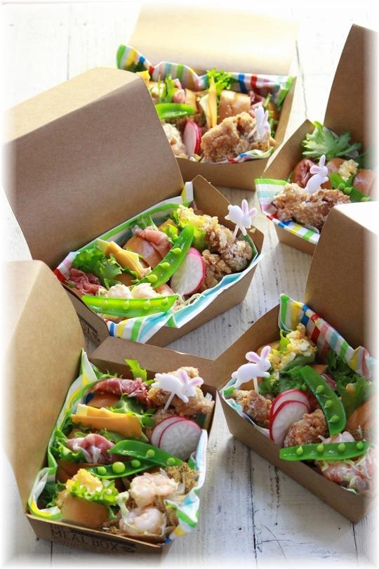 ミルクコッペパンのサンドイッチ。 と お弁当。
