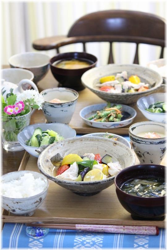 【レシピ】鶏スープの夏野菜の揚げ浸し。と 献立。と くるみ。