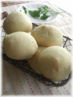 お豆腐とオリーブオイルのパン。