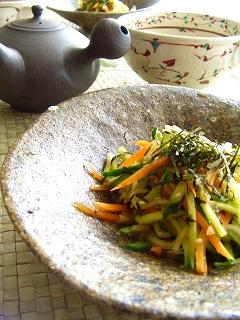 残り野菜のまろやかサラダ。