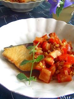 トマトバルサミコソースのお魚ソテー。 と献立。