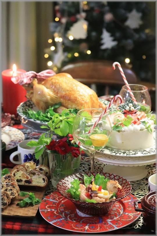 【レシピ】ローストチキン2020 バジルチーズチキン。と ローストチキンの歴史。とクリスマスイブの献立。と のんびりケーキ。
