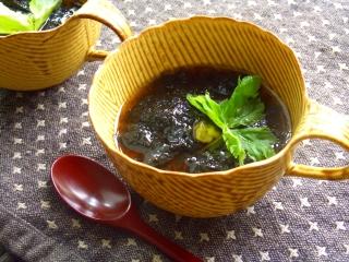 胡麻の香りの茶碗蒸し・海苔あんかけ。