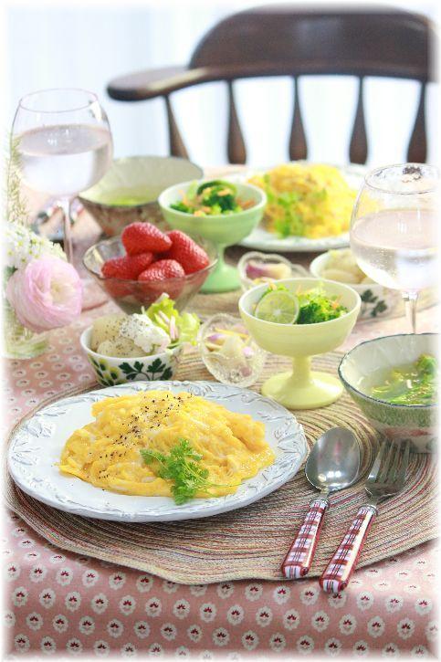おかかと葱の和風オムライス。 と お昼ごはん。