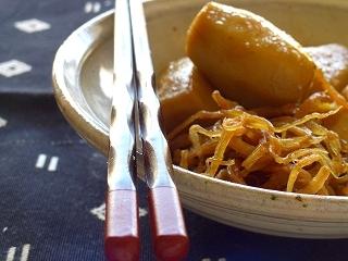 柔らかサキイカと里芋の煮物。