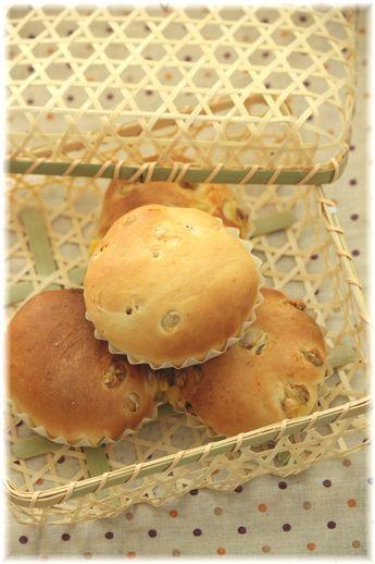 福豆クリームパン。