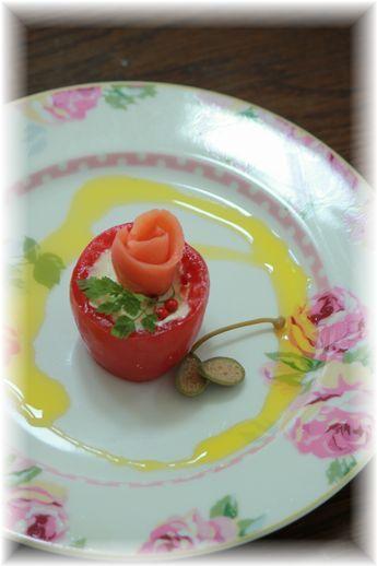 トマトチーズカップ。