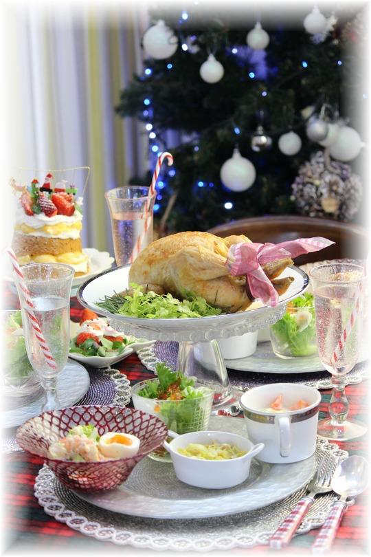 毎年恒例 お鍋ローストチキン。と クリスマスイブの献立。