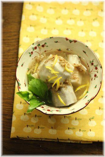 里芋の塩炒りおかか煮。 と 献立。