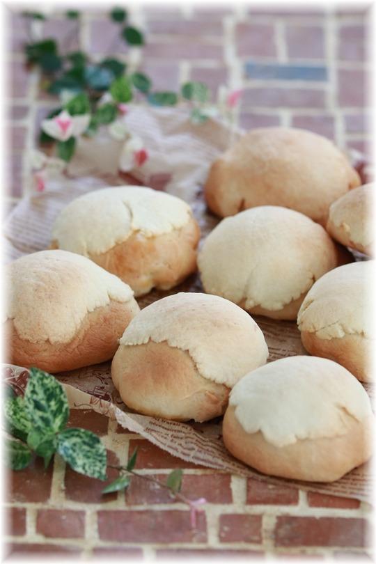 【レシピ】サクサク薄焼きクッキーのっけパン2種。と 葉山まりん部。