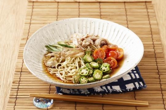 _ENL7128【サラヤ】201907001野菜たっぷり冷やし中華 (640x427)