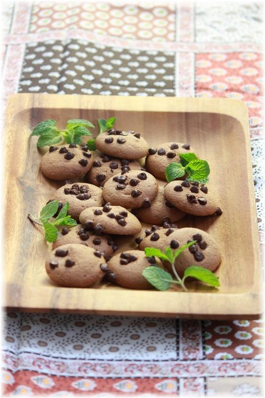 ノンオイルの さくさくチョコクッキー。