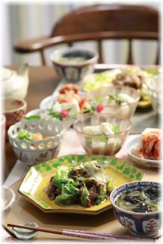 【レシピ】レタスと牛肉の甘辛オイスターソース炒め。と 献立。と 月曜日からありがとう♪