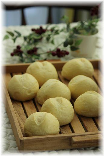 蜂蜜とオリーブオイルのふわふわ白パン。