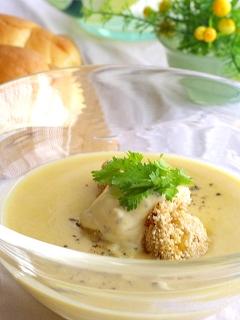 じゃが芋の冷たいスープ・帆立フライのっけ。