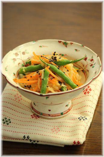 三色野菜の味噌ナムル。 と献立。