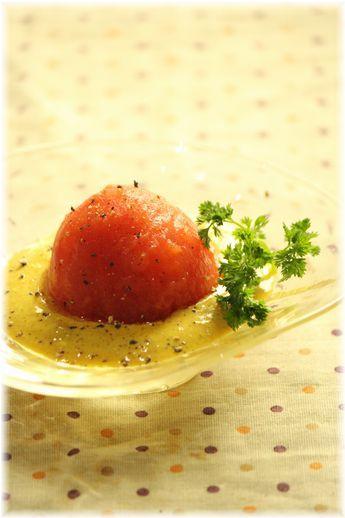 カレードレッシングのトマトサラダ。 と献立。