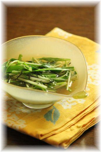 ニラと水菜の中華煮びたし。 と 献立。