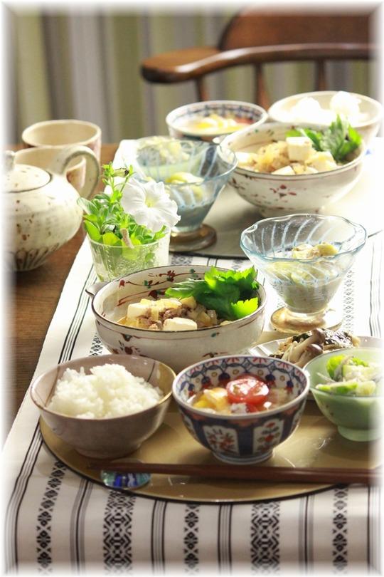 生姜しょうゆ麻婆豆腐。 と 献立。