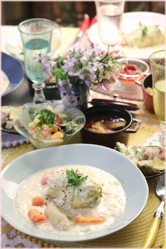 【レシピ】ホワイトソース・チキンロールキャベツ。の 献立。 と いいにおいの台所。