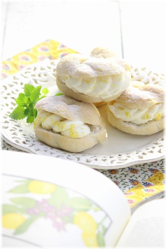 【レシピ】はちみつ白パンのレモンクリームチーズサンド。 と 帰省の少年。