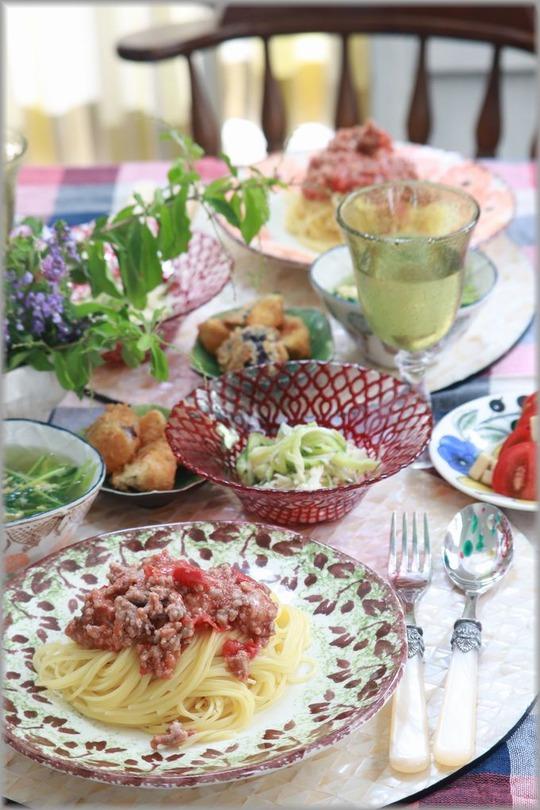 【レシピ】レンチン・トマトミートソースパスタ。と 献立。と 青空と芝生。