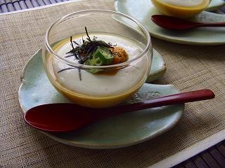 雲丹の冷たい茶碗蒸し・豆腐ポタージュのっけ。