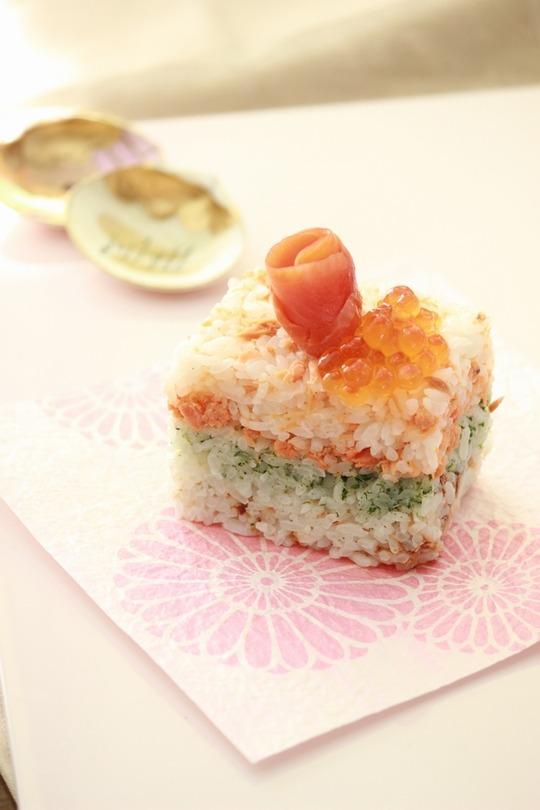 にんべん 雛寿司