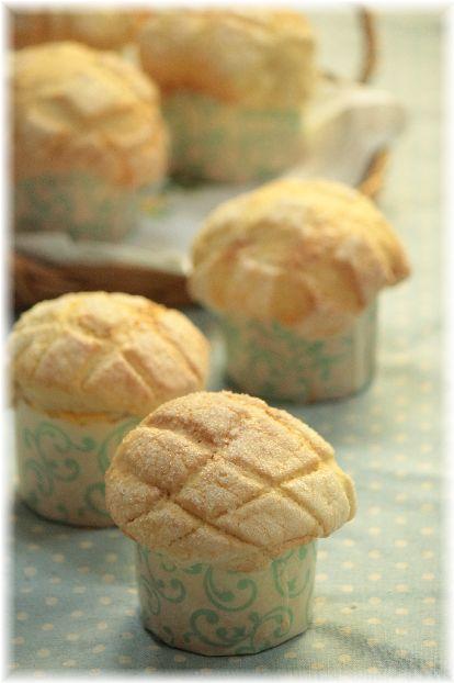 クリームカップメロンパン。