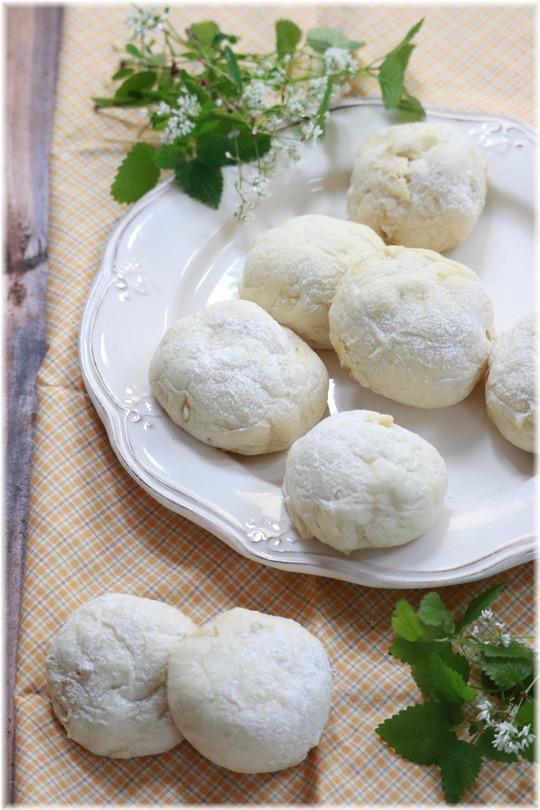 【レシピ】ホワイトチョコとレモンのやわらか白パン。じょくらーず。