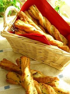 お芋とチーズのスティックパン。
