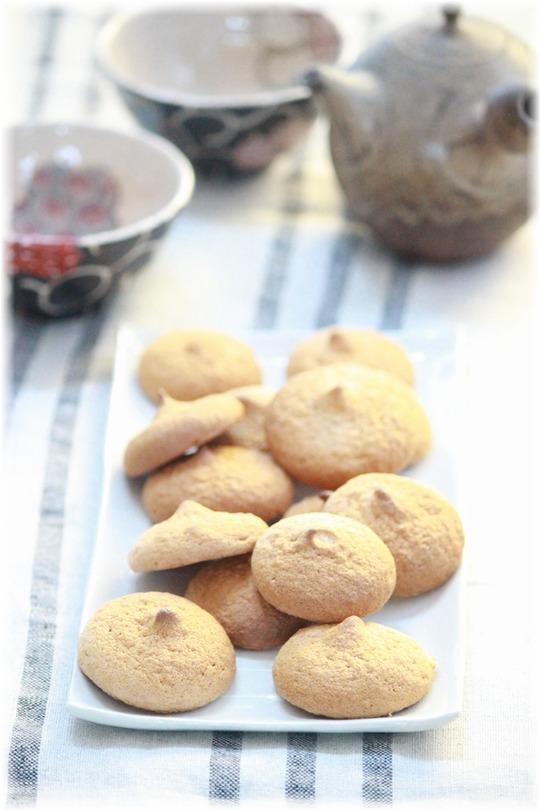 材料3つ♪ きなこの ノンオイルさくしゅわクッキー。