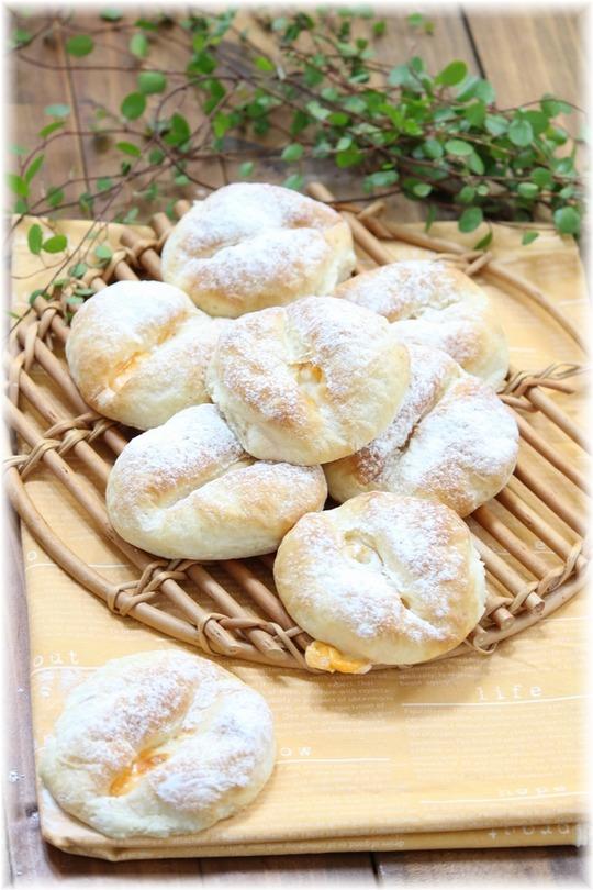 【レシピ】もちもちチーズパン。と 日曜日の目玉焼き。