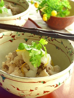 茹で豚の味噌生姜和え・とろとろ蕪と一緒。