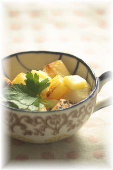 お豆腐とじゃがいものバター醤油炒め。 と献立。