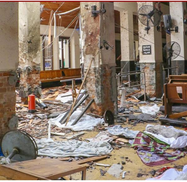 世界同時多発テロでした。ノートルダム大聖堂火災、スリランカの同時爆破テロ、池袋の暴走車事故や三ノ宮の暴走バス事故など